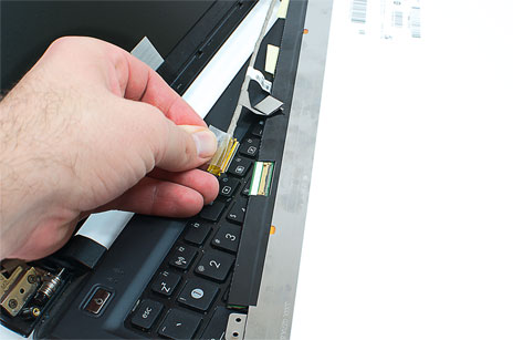 качественная заменна шлейфа на ноутбуке